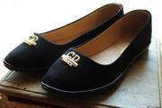 Продам туфли-лодочки на девочку.35 размер.черные